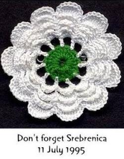 Από το 2015, με απόφαση του ΟΗΕ καθιερώθηκε Διεθνής Ημέρα για τα Θύματα των Γενοκτονιών, κι εμείς έχουμε σκοπό να την θυμόμαστε κάθε 9η Δεκεμβρίου. Srebrenica, Don't Forget 11 July 1995.