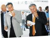 2007-05-13-ΒΗΜΑgazino-Νομάρχης και Δήμαρχος στην τελετή υποδοχής τουριστών - 1gaa67c