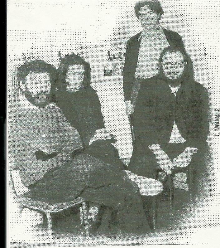 Μανώλης Ρασούλης, Νίκος Ξυδάκης και Διονύσης Σαββόπουλος το 1977 στην ηχογράφηση του δίσκου 'Η εκδίκηση της Γυφτιάς'.