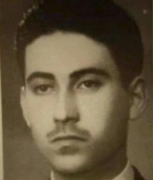 Θανάσης Βέγγος, δεκαετία του 1940, όταν είχε ακόμη όλα τα μαλλιά του.