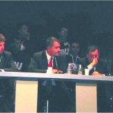 Ο Μάκης Βορίδης στις εργασίες του συνεδρίου, σε συζήτηση για το μέλλον της εθνικιστικής Ευρώπης