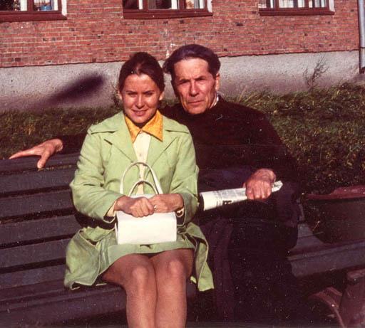 Επίσης, 1971, στο Σοργκούτ της Σιβηρίας, την ημέρα που η κόρη του Όλγα τον επισκέφτηκε