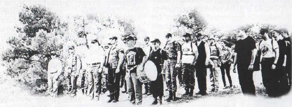 1999-02-21 - Χρυσοί Αετοί εκδρομή στον Ταύγετος - Παράταξη χωριό Βαμβακού Μνημείο Χιτών - ΑΝΤΕΠΙΘΕΣΗ, Α.Τ. 03, 06-1999, σελ. 03