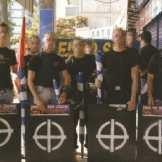 2007-06-16 - Θεσσαλονίκη πορεία υπέρ Ιράκ και ενάντια σε ΗΠΑ Παράταξη με ασπίδες - ΑΝΤΕΠΙΘΕΣΗ, Α.Τ. 30, 09_10-2007, σελ. 16