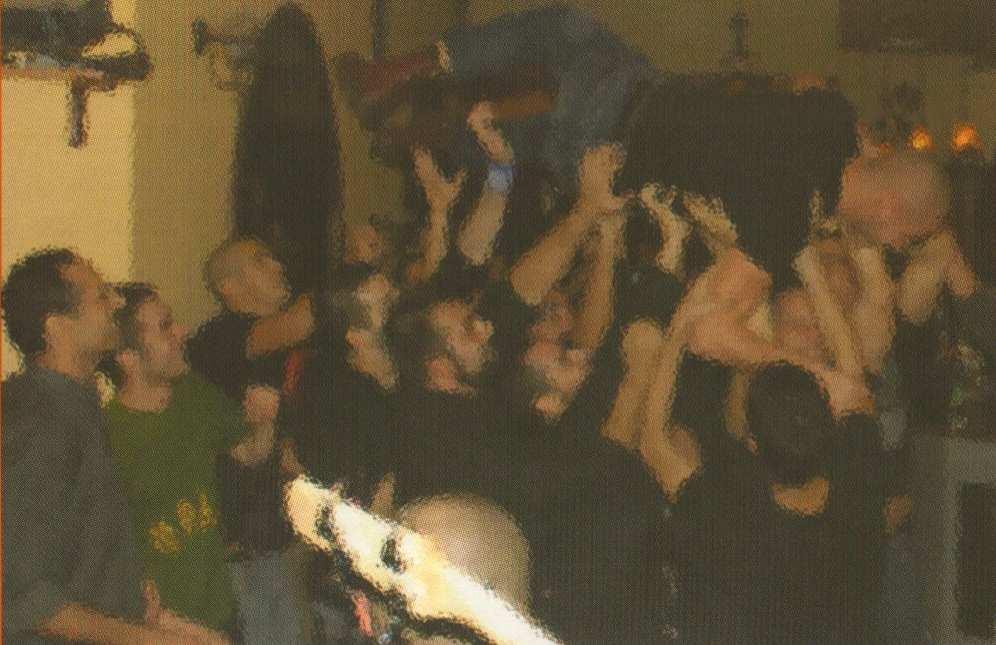 2008-11-08 - Συναυλία Ροκ για την πατρίδα Live [Με μωσαϊκό στα πρόσωπα] - Crop - ΑΝΤΕΠΙΘΕΣΗ, Α.Τ. 32, Χειμώνας 2008, σελ. 25