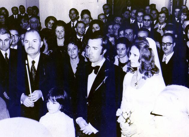 Ο γάμος του Κώστα Πλεύρη επί χούντας με κουμπάρο τον πραξικοπηματία Ιωάννη Λαδά.