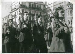 1944-10-30-Θεσσαλονίκη Πλατεία Αγίας Σοφίας - Παρέλαση ΕφεδροΕΛΑΣιτών