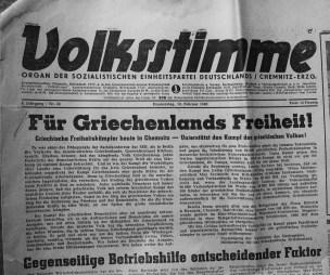 Από την κομματική εφημερίδα Volksstimme (Φωνή του Λαού) στο Κέμνιτς. Aφιέρωμα στην επίσκεψη με τίτλο: Για την Ελευθερία της Ελλάδας!