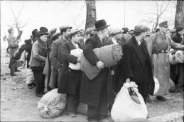 1944-03-25-Ιωάννινα - Πογκρόμ Εβραίοι-07