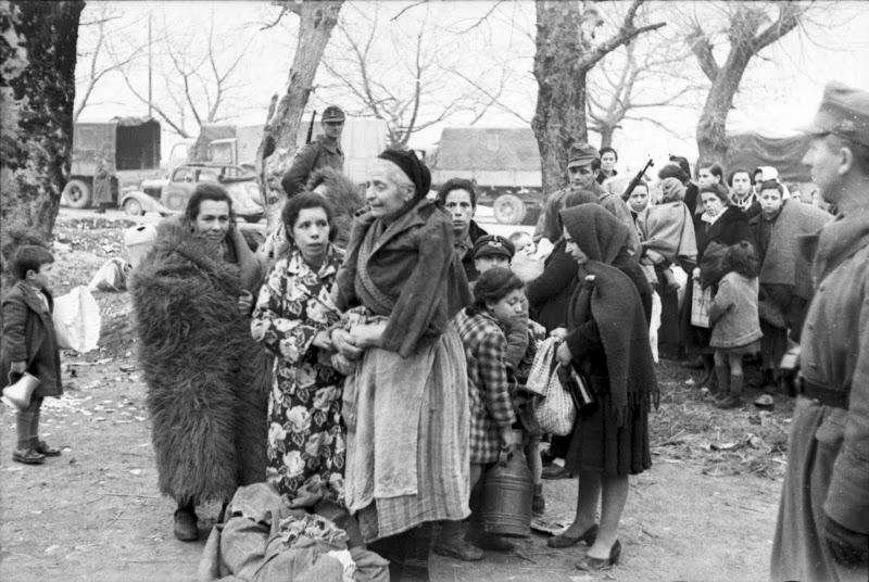 Από το Ολοκαύτωμα των Εβραίων της Ελλάδας, Ιωάννινα, 25 Μαρτίου 1944, όλη η σειρά των 19 φωτογραφιών (5/6)