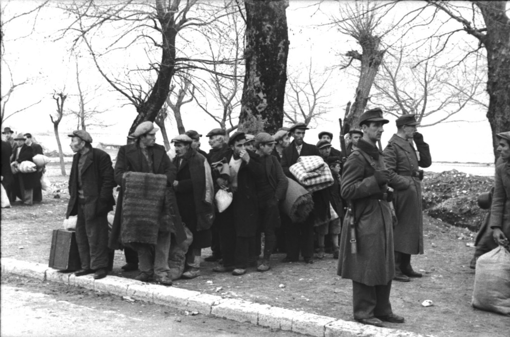 1944-03-25-Ιωάννινα - Πογκρόμ Εβραίοι-15