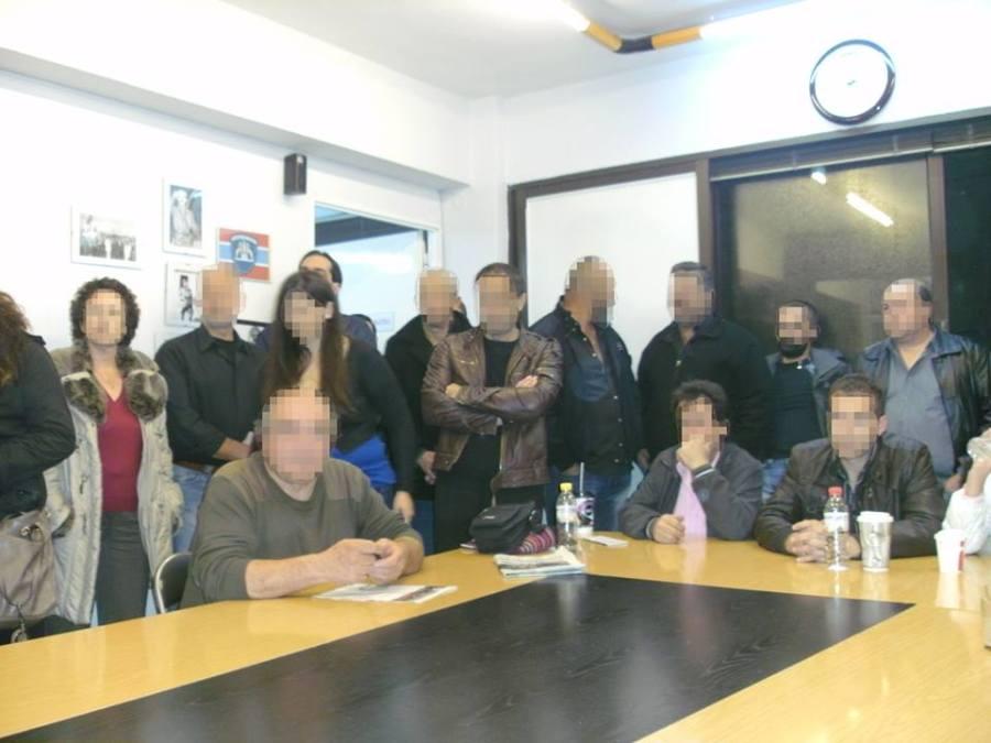 Οταν παρίστανται σε συνεδριάσεις Δημοτικών Συμβουλίων.