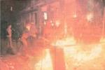1984-12-04+05 - Επίσκεψη Λεπέν Κάραβελ -  Νομική επεισόδια-01 - nomiki1