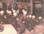 1984-12-04+05 – Επίσκεψη Λεπέν Κάραβελ – Συγκρούσεις με ΜΑΤ-02 –sillipsi