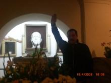 Χρήστος Παππάς μπροστά στην προτομή Μουσολίνι σε ναζιστικό χαιρετισμό - 0029