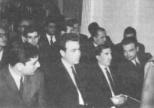 Εκδήλωση του Κ4Α το 1966 στη Θεσσαλονίκη. Από αριστερά: Σπύρος Μανωλόπουλος, Δημήτρης Δημόπουλος, Κώστας Πλεύρης και Ανδρέας Δενδρινός