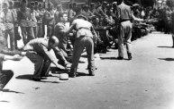 1942-07-11-Θεσσαλονίκη Πλατεία Ελευθερίας Εβραίοι σε γυμνάσια-14