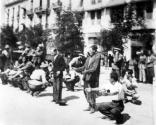 1942-07-11-Θεσσαλονίκη Πλατεία Ελευθερίας Εβραίοι σε γυμνάσια-16