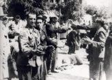 1942-07-11-Θεσσαλονίκη Πλατεία Ελευθερίας Εβραίοι σε γυμνάσια-04