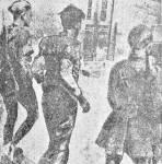 1944-xx-xx-Τάγματα Ασφαλείας Τσολιάδες – Οδηγούν Ελληνα αγωνιστή στους Γερμανούς για εκτέλεση –tas1