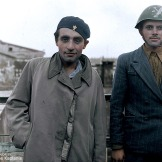 1947-01-01- Ανδρες της Οργάνωσης Χ Χίτες [έγχρωμο] - EopFqCTWEAMnHBD