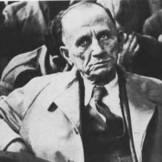 Ο Εκτωρ Τσιρονίκος, μάλλον κατά τη δίκη των δωσιλόγων, 1947 ή 1948.