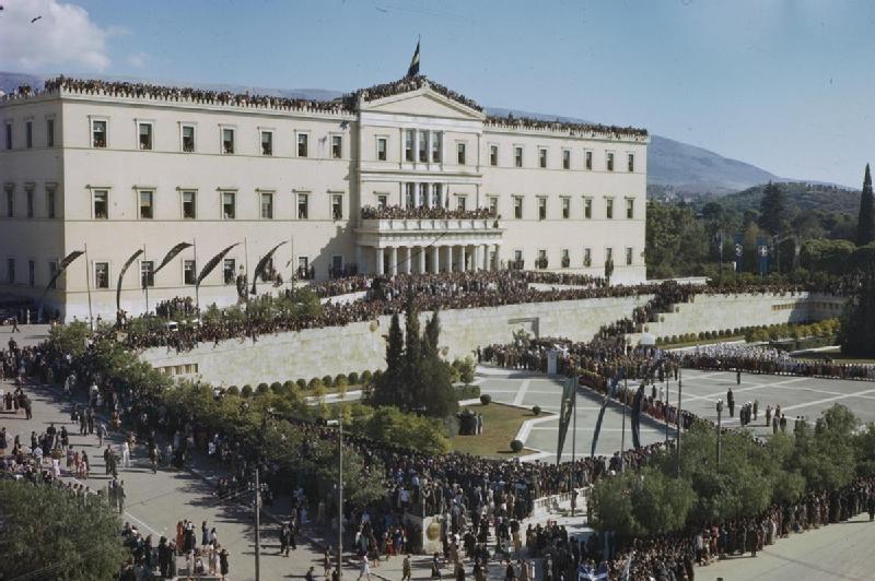 Αγνωστο σπάνιο φιλμ από τις μέρες της απελευθέρωσης της Αθήνας από τους Γερμανούς, Οκτώβριος 1944 (5/6)