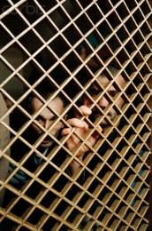 Στρατόπεδο συγκέντρωσης Μουσουλμάνων στη Manjaka κοντά στο Σαράγεβο, Αύγουστος 1992. Φωτογραφία Isabel Ellsen/Corbis.