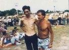 Στρατόπεδο συγκέντρωσης Μουσουλμάνων Trnopolje κοντά στο Prijedor, Αύγουστος 1992. Φωτογραφία ITN.