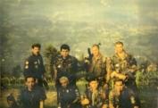 Βοσνία, 1995. Διακρίνονται οι Φλορίν Αννα, Μήτκος Αντώνης, Δημητρίου Χρήστος, Λάτσιος Αγγελος του 10ου Αποσπάσματος Σαμποτάζ, Kαλτσούνης Κωνσταντίνος και άλλοι.