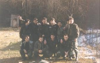 Βοσνία, 1995. Διακρίνονται οι Σπουργίτης Ελευθέριος, Μήτκος Αντώνης, Μπέλμπας Απόστολος, Βασιλειάδης Τρύφωνας και άλλοι.