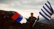 Βοσνία, 1995. Ο μεγαλύτερος σε ηλικία εθελοντής, από το Αιγάλεω, 57 ετών τότε, με παιδιά κι εγγόνια.