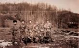 Βοσνία, 1995. Διακρίνονται οι Μήτκος Αντώνης, Λάτσιος Αγγελος του 10ου Αποσπάσματος Σαμποτάζ και τα μέλη της Χρυσής Αυγής ΜΜ και ΜΑ.