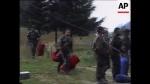1995-07-11-Associated Press AP Archive – Σρεμπρένιτσα Βοσνία – Οι 7 της ΕΕΦ σε Ειδικό Απόσπασμα Ενεδρών + Μεταφορά εξοπλισμού [03.02] – Ολόκληρο + Εγχρωμο + Καθαρό – Bosnia – Srebrenica Attacked-Refugees-Soldiers – 2015-07-24-10h33m46s066