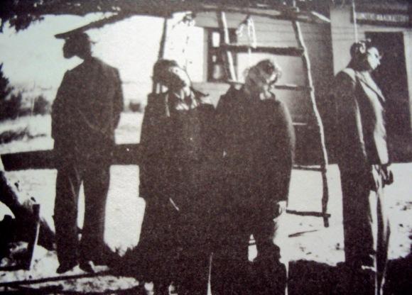 Αποτέλεσμα εικόνας για ναζιστικοί απαγχονισμοί