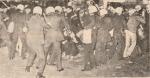1977-11-17 – Πολυτεχνείο-02 Συλλήψεις από ΜΑΤ –symplokes