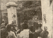 1980-11-17-Πολυτεχνείο Στουρνάρα - ΚΝΑΤ κατεβαίνουν οπλισμένα-03 - 17-11-80 politexnio
