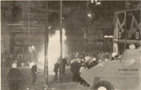 1980-11-17-Πολυτεχνείο Συγκρούσεις με ΜΑΤ και ΚΝΑΤ-14 - mat2