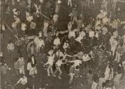 1980-11-17-Πολυτεχνείο Συγκρούσεις με ΜΑΤ και ΚΝΑΤ-03 - ropaloforoi4jpg