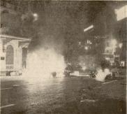 1980-11-17-Πολυτεχνείο Συγκρούσεις με ΜΑΤ και ΚΝΑΤ-05 - odofragmata