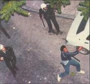 1985-05-09 - Χημείο Πρώτη κατάληψη μετά την απαγόρευση συγκέντρωσης διαμαρτυρίας στην πλατεία για επιχειρήσεις αρετής-13 - mea