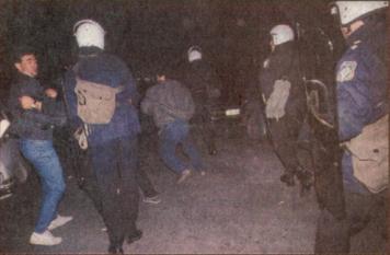 1988-11-17 - Πολυτεχνείο-02 - du1