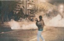 1988-11-17 - Πολυτεχνείο-04 - teargas