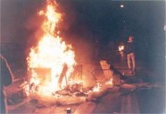 1989-11-16 - Πολυτεχνείο-07 - odofragmata3