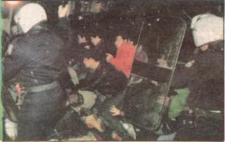 1990-12-14 - Οδομαχίες με ΜΑΤ-02 - epelasi