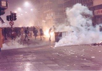 1991-01-ΙΑΝ - Αγριες οδομαχίες-01 - 1