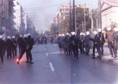 1991-10-18 - Βουλή Πυρπολήσεις-07 - matt6