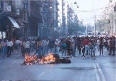 1991-10-18 - Βουλή Πυρπολήσεις-18 - odofragma3