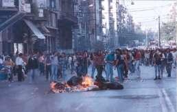 1991-10-18 - Βουλή Πυρπολήσεις-19 - odofragma4
