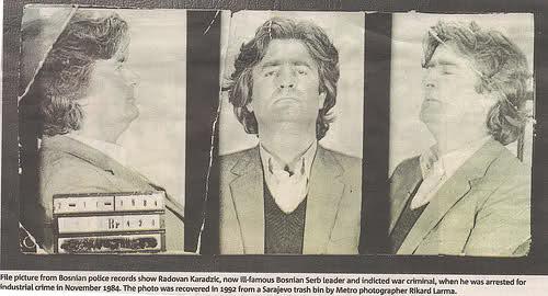 Ο Ράντοβαν Κάρατζιτς (Radovan Karadzic) σε φωτογραφίες σύλληψης για ποινικά αδικήματα (απάτες εναντίον του κράτους).